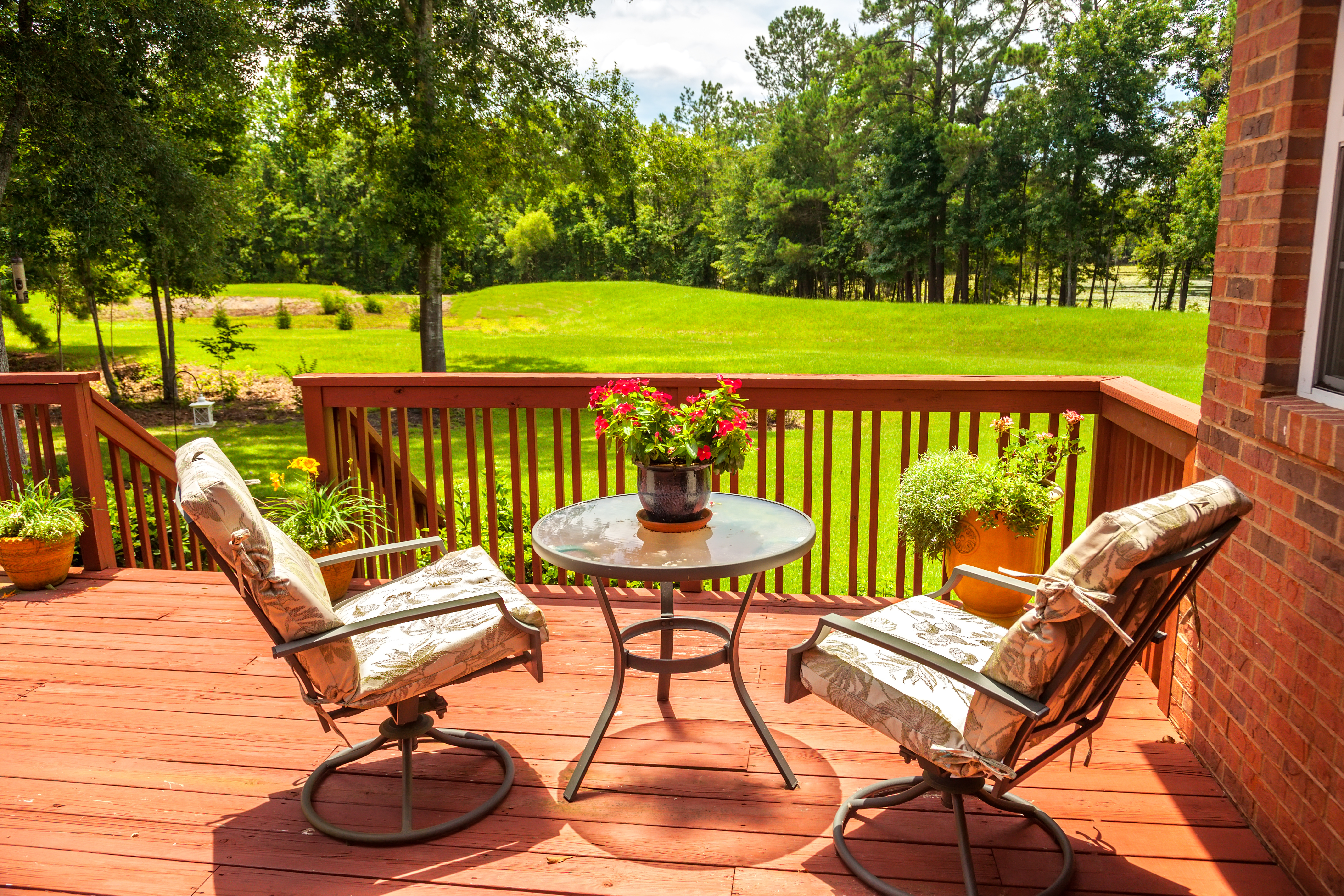 What Is The Average Deck Cost For A Small Home Landing Zone